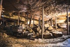 Automobile di miniera in una miniera d'argento, Tarnowskie sanguinoso, sito di eredità dell'Unesco Fotografie Stock Libere da Diritti