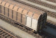 Automobile di treno del carico Immagini Stock Libere da Diritti