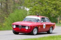 Automobile di visita della corsa dell'annata Alfa Romeo Fotografia Stock