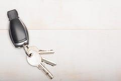 Automobile e chiavi domestiche Fotografia Stock Libera da Diritti