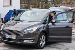 Automobile locativa dalla società di Ford fotografia stock