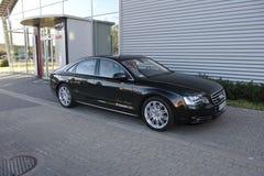 Automobile moderna: Audi A8 Fotografia Stock Libera da Diritti
