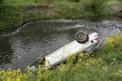 Automobile nel fiume Dearne Immagine Stock Libera da Diritti