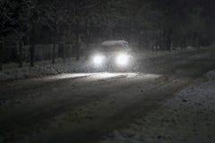 Automobile nel traffico nevoso Immagine Stock
