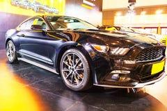 Automobile noir Ford Mustang Photographie stock libre de droits