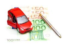 Automobile, penna e soldi Fotografia Stock Libera da Diritti