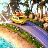 Automobile per il viaggio con uno scaffale di tetto su una strada della montagna illustrazione 3D Immagine Stock