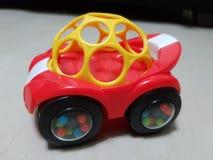 Automobile rossa del giocattolo Fotografie Stock