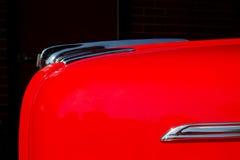 Automobile rouge classique Photographie stock libre de droits