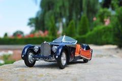 Automobile scoperta a due posti dello Sc Corsica di Bugatti 57 - porta aperta fotografie stock libere da diritti