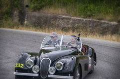 Automobile scoperta a due posti 1952 di JAGUAR XK 120 OTS Fotografia Stock Libera da Diritti