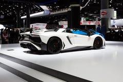 Automobile scoperta a due posti 2015 di Lamborghini Aventador SV immagine stock