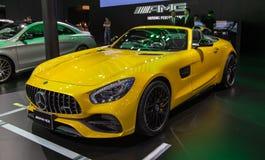 Automobile scoperta a due posti di Mercedes Benz AMG GT fotografie stock libere da diritti