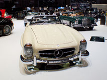 Automobile scoperta a due posti di Mercedes-Benz 300SL a Ginevra 2016 immagini stock libere da diritti