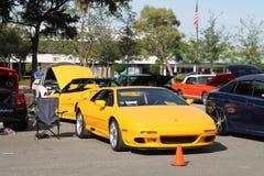 Automobile sportiva britannica gialla Fotografia Stock
