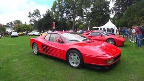 Automobile sportiva del mezzo motore del cilindro degli anni 80 12 di Ferrari Testarossa archivi video