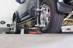 Automobile sul supporto con i sensori Immagine Stock Libera da Diritti