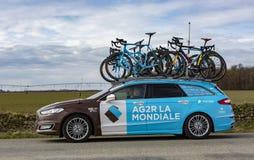 Automobile tecnica del gruppo di Mondiale della La di AG2R - 2018 Parigi-piacevole fotografia stock libera da diritti