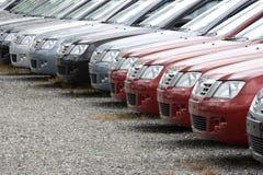 Automobiles de parc à matériau Image libre de droits
