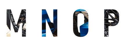 Automobilguß Alphabet m, n, O, p machte vom modernen blauen Auto mit kostbarem Papier schnitt Form des Buchstaben lizenzfreie stockbilder