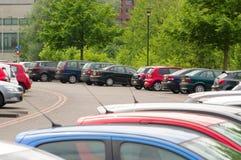 Automobili al parcheggio Fotografia Stock