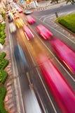 Automobili con la sfuocatura di movimento Fotografia Stock Libera da Diritti