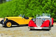 Automobili d'annata dell'automobile scoperta a due posti di Audi - modelli di scala Fotografie Stock