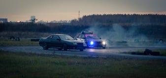 Automobili della deriva fotografie stock