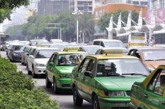 Automobili della folla in festa Fotografia Stock Libera da Diritti