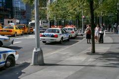 Automobili di NYPD della polizia su Manhattan fotografie stock