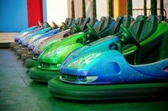 Automobili di respingente di Dodgem fotografie stock