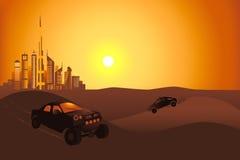 Automobili di safari nel deserto vicino alla città del Dubai Immagini Stock Libere da Diritti