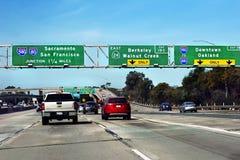 Automobili di San Francisco Highway Traffic Oakland Bridge Fotografia Stock Libera da Diritti