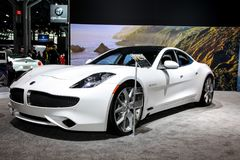 Automobili eccellenti di lusso elettriche ibride di Karma Revero Fotografie Stock Libere da Diritti