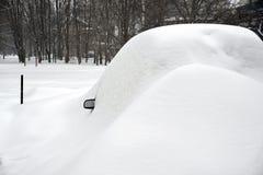Automobili sotto neve. Immagine Stock