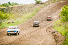 Automobili sovietiche russe di raduno dell'albero fotografie stock libere da diritti