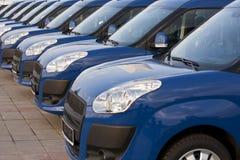 Automobili in una fila Fotografie Stock Libere da Diritti