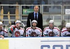 Automobilist do hóquei de KHL contra barras de AK fotografia de stock