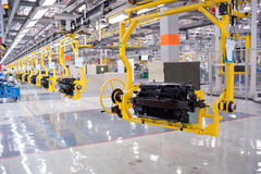 Automobilmontagesystempanorama Stockbild