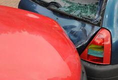 Autoneerstorting en schade Stock Fotografie