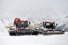 Autoneige, machine pour le déblaiement de neige Image stock