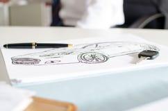 Autoontwerp, sleutel en pen Stock Afbeelding