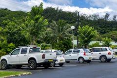 Autoparken nahe Tahiti-Flughafen stockbilder