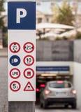 Autoparkzeichen Lizenzfreies Stockbild