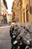 Autopedden in Italië stock foto's
