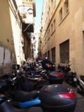 Autopedparkeren, de Straten van Napels Stock Afbeelding