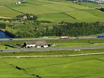 Autopista BRITÁNICA, M62, cerca de la ensambladura 22 Fotos de archivo libres de regalías