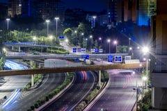 Autopista del ` s M30 de Madrid cerca de la plaza de Ventas y Torrespaña fotos de archivo libres de regalías