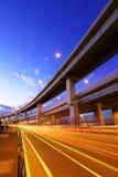 Autopista sin peaje con el rastro del tráfico Imagenes de archivo