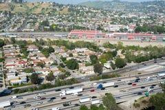 Autopista sin peaje de la autopista 5 y ciudad del LA Fotos de archivo libres de regalías